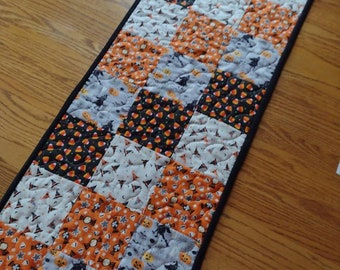 Quilted Halloween Runner,  Halloween Table Runner, Quilted Table Runner,  Thanksgiving Table Runner, Fall Table Runner, 13 1/2 x 39 inches
