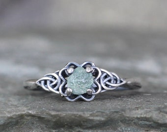 Montana Sapphire Ring - Celtic Knot Style rings - Raw Rough Uncut Sapphires - Sterling Silver - Rustic - Made in Canada