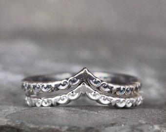 Chevron Ring - V Band - Vintage Style Wedding Band - Sterling Silver - V Shape Wedding Band