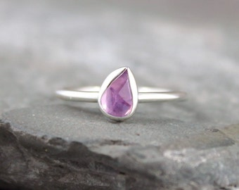 Rose Cut Sapphire Ring - Sterling Silver Stacking Ring  -  Pink Free Form Gemstone Ring - September Birthstone Ring