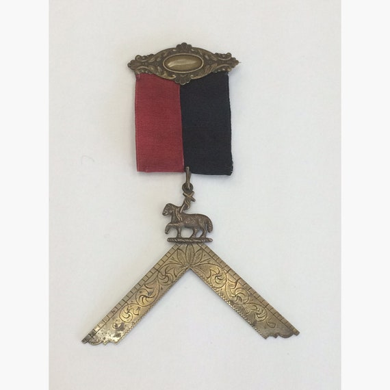 Antique Masonic Past Master Jewel Ribbon Pin Vintage Square Lamb of God