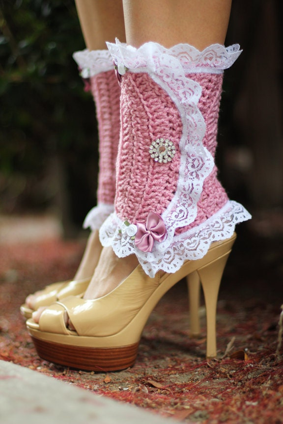 Spats, Gaiters, Puttees – Vintage Shoes Covers Victorian Style Leg Warmers - Crochet  Lace Spats in Rose Steampunk Accessories Lots Of Colors $67.00 AT vintagedancer.com