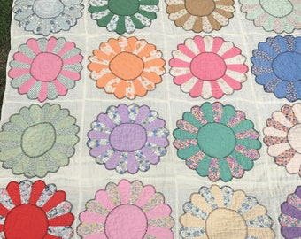 Quilts In De Bloementuin.Grandmothers Flower Garden Quilt Etsy