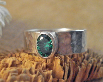 Sterling Silver Hammered Bezel Ring with Oval 5x7 CTH YAG Green Stone Wide Band size 9.5