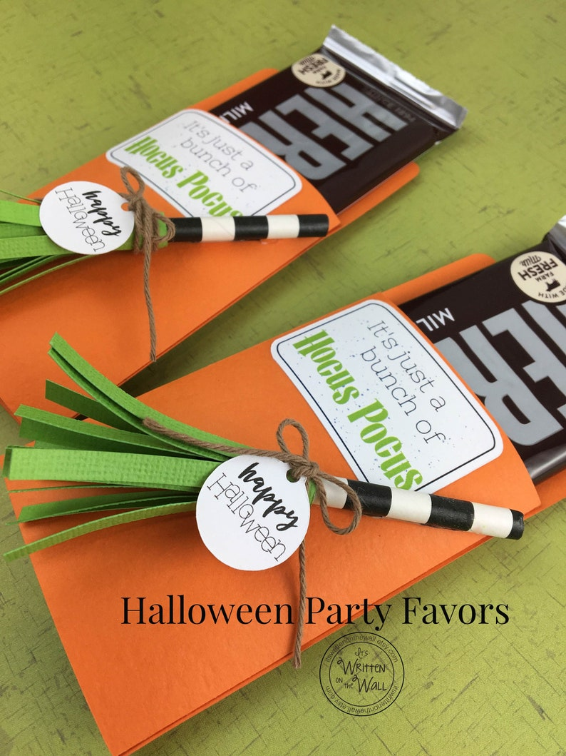 KIT Halloween Witches Broom Candy Bar Wrappers Candy Card image 0