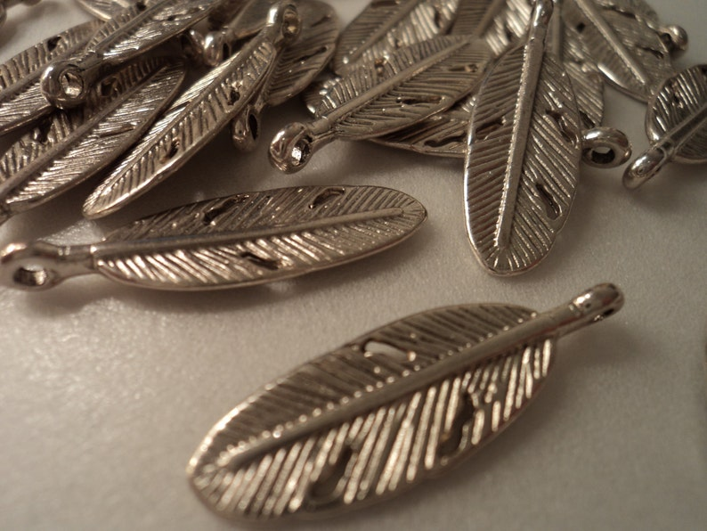 Feather Charms set of 25 BULK #F124B