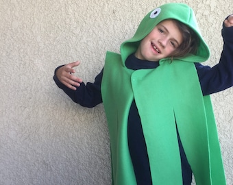 Green Octopus Cape, Halloween Costume or Dress Up Cape
