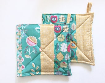 Boho Potholders, Set of 2, Hostess Gift, Eco Friendly, Ready to Ship