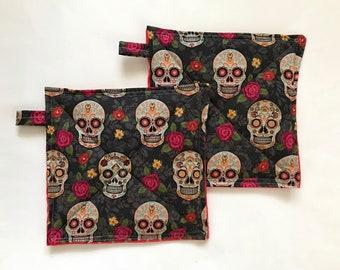 Sugar Skull Potholders, Set of 2 Potholders, Hostess Gift, Eco Friendly, Day of The Dead