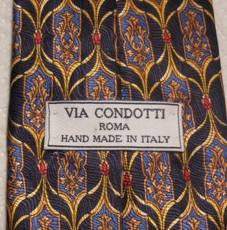 Men/'s 100/% Silk Tie Beautiful Design! Via Condotti Roma