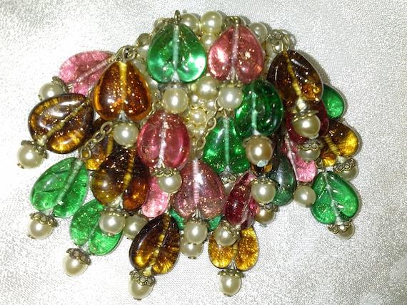 Louis Rousselet Brooch Glass hearts & pearls dangl