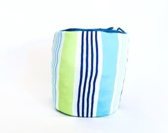 Spring Yarn Bowl- Beach Blanket Yarn Bowl- Blue Yarn Holder- Yarn Organizer- Spring Yarn Cozy- Crochet Accessories- Yarn Holder- Skein Coats