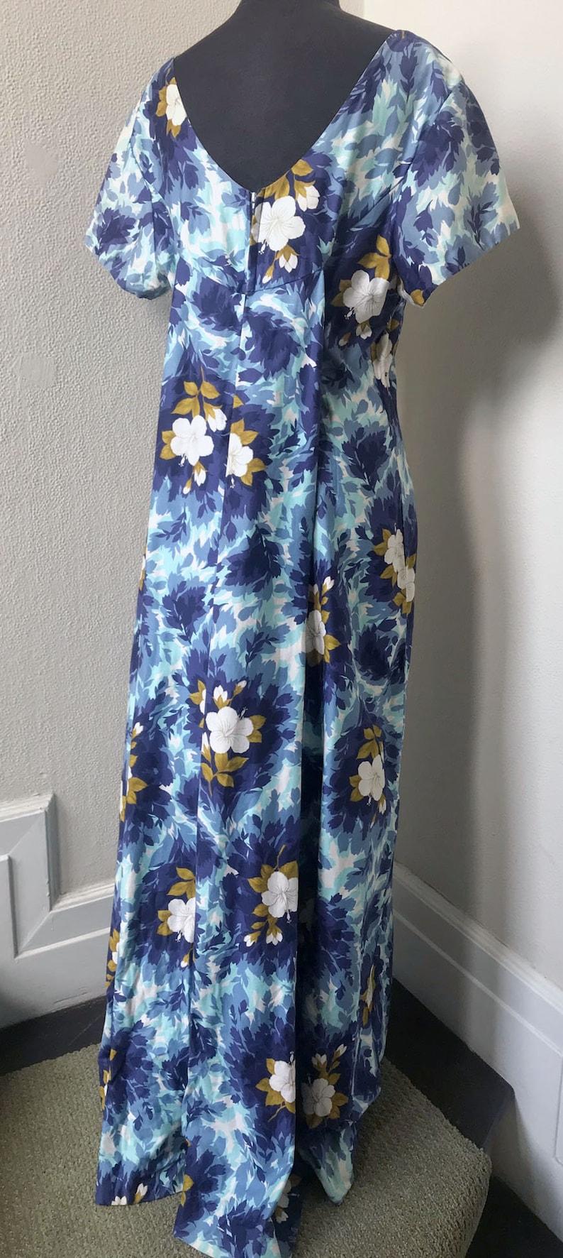 60/'s Ui-MaiKai Tropical Print Train Back Hibiscus Hawaiian Wedding Dress~Lg.