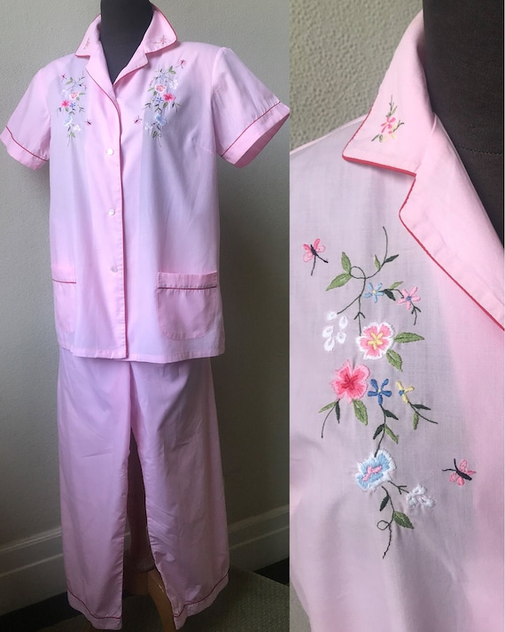 Most Adorable 50's Embroidered Chinese Pink Cotton