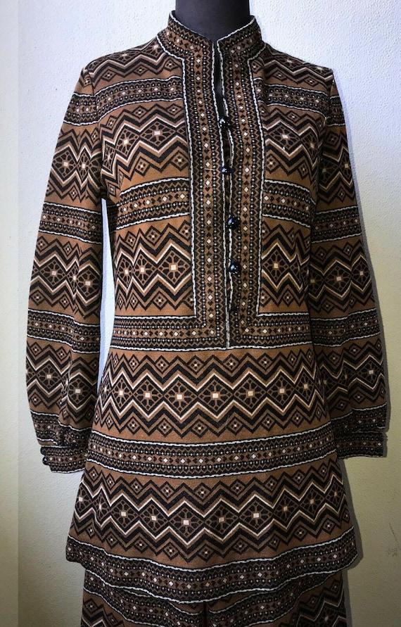 60's Vtg. Amazing Graphic Knit Tunic & Pant 2pc. … - image 5