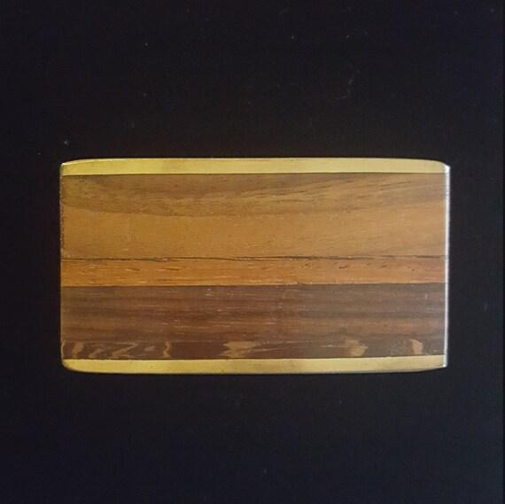 Articles similaires à Boucle de ceinture Kenneth Reid - incrusté de ceinture  boucle-Albuquerque Nouveau Mexique bois et laiton boucle - Vintage 70   s  ... d3d94cadf35
