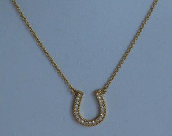 """Rhinestone, Gold tone Horseshoe Necklace, Delicate, Vintage, Adjustable, 16""""-18"""" (O6)"""