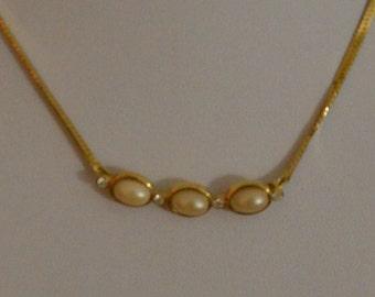 Delicate Faux Pearl, Rhinestone Gold tone Herringbone Necklace, 15-1/2'