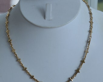 """Gold tone Cross Chain Necklace, Vintage, Adjustable, 18""""-20"""" (TB356)"""