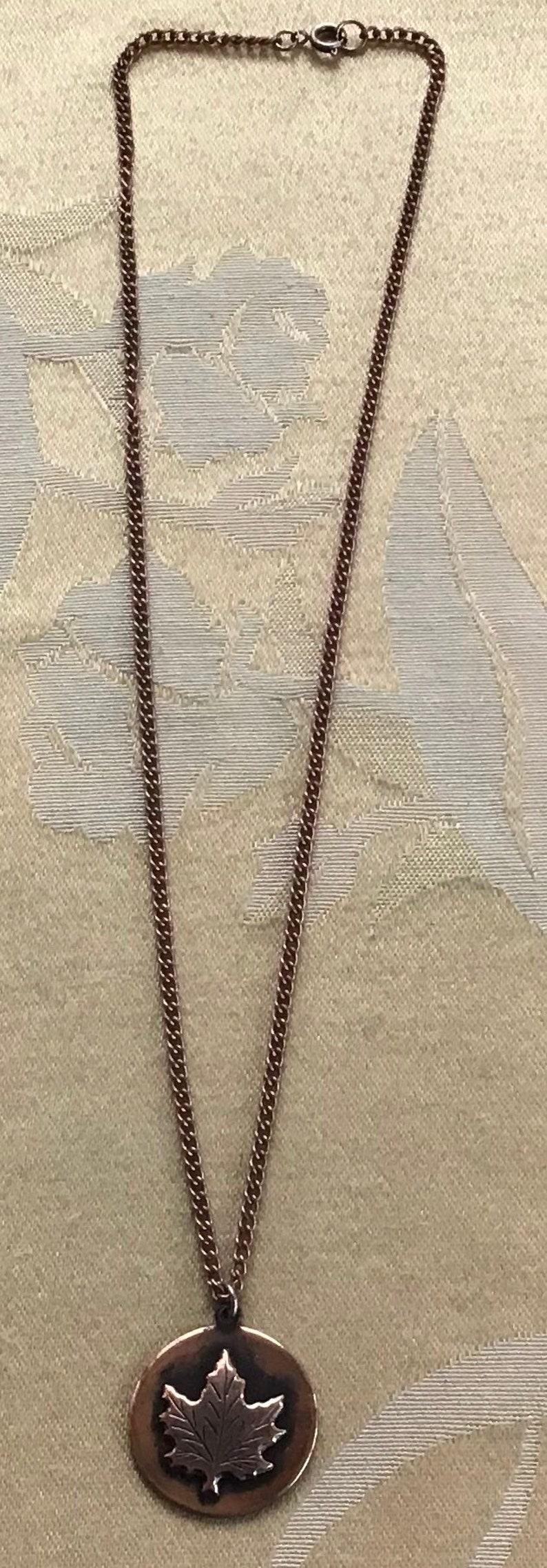 Vintage 18\u201d T7 Copper Maple Leaf Pendant Necklace Nature Autumn