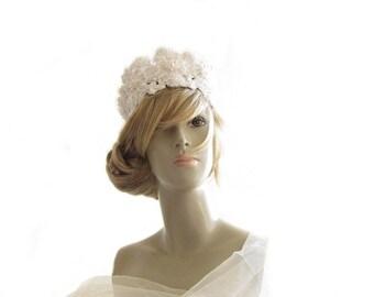 Couture Wedding Crown, Lace Crown, Swarovski Pearl Crown, Pearl Headpiece, Wedding Couture, Pearl Crown, Wedding Crown, Budget wedding