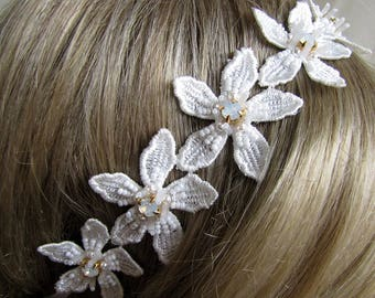 Swarovski Flower Lace Headband Wedding Flower Headband Swarovski Headband Ivory Bridal Headband Ivory Bridal Accessory Bridal Hair Wrap