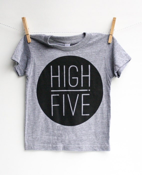 High Five 5 Year Old Birthday Shirt Fun Party