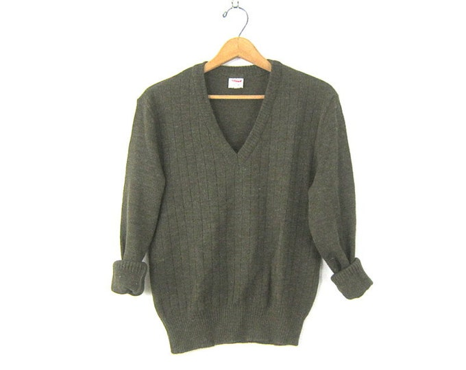Simple Army Green sweater Basic Vneck Pullover Normcore Preppy sweater Unisex size Small Medium