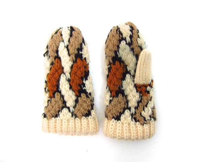 80s Mittens Vintage Cozy Knit Cream Brown Minimal Natural Look Mittens Womens Winter Gloves Vintage Mittens Size Small