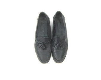 93774dd329b Black Leather Loafers Slip Ons Cole Haan Modern Preppy Slippers Tassel Moccasins  Work Shoes Womens size 11 AA Narrow
