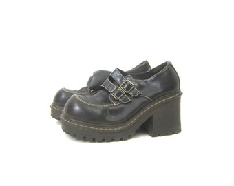 89a5fbe37847 Brown Buckle Shoes Vintage 90s Chunky Platforms Block Heels Faux Leather  Loafers Womens Size 7