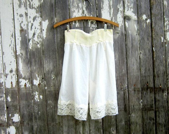 White Lace Slip Bloomers Vintage Long Dance Shorts Nylon Slip Pin Up Girl Burlesque Slip Womens Size Medium Large