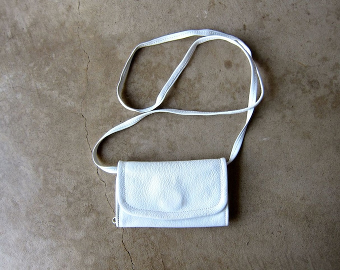 White Leather Purse | 90s Mini Wallet Purse Vintage Small Shoulder Bag Crossbody Minimal Travel Coin Purse Across Body