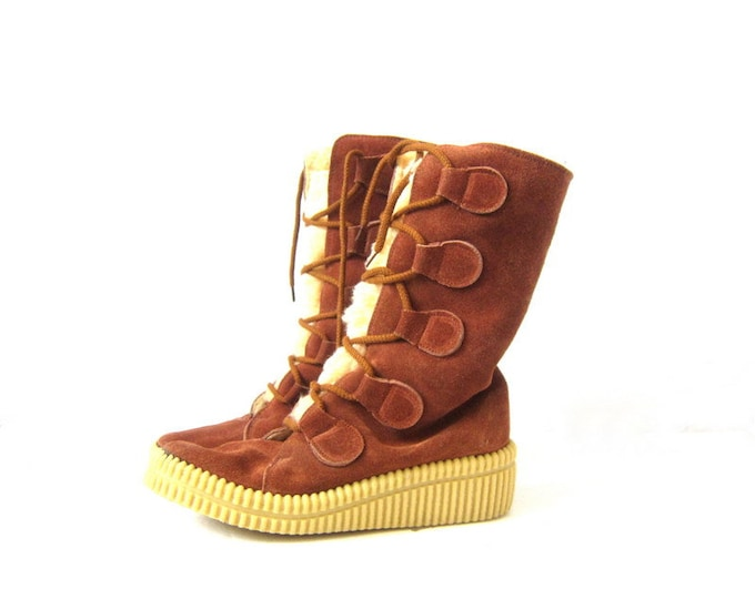 Brown Suede Leather Lace Up Snowboots 1970s snow boots faux fur Eskimo Boots Winter Boots Womens Size 8 39