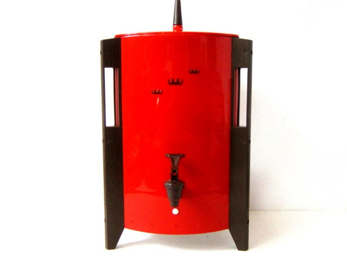 1970s Regal Poly Urn Electric Automatic Coffee Maker # 7530F 10 to 30 cups Retro Red Coffee Maker Serving Decor