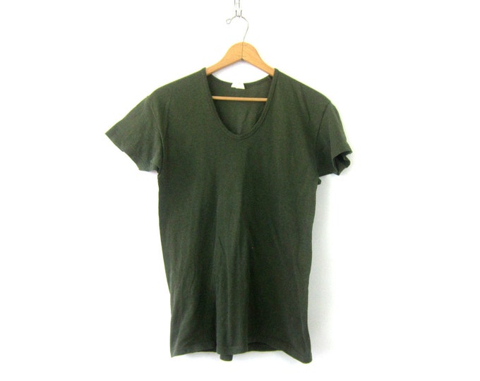 Army Green Tshirt | V Neck T Shirt | Long Vneck Tee Shirt Top | Vintage Grunge Shirt Pullover Short Sleeve Basic T-Shirt Unisex Large