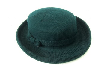 3a226a972a1 Green Knit Hat Street Smart Preppy Fashion Brim Hat Retro Hipster Derby hat  Women s Hat Size Small