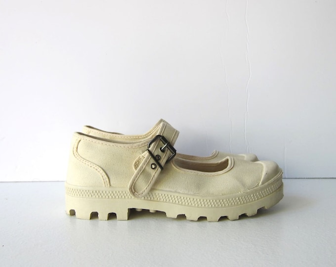 90s Canvas Mary Janes 9