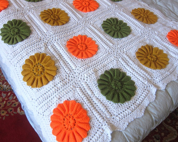 Retro 1970s Afghan blanket throw granny squares Mustard Yellow & Green Flowers Vintage home decor MOD Hipster Dorm Apartment blanket