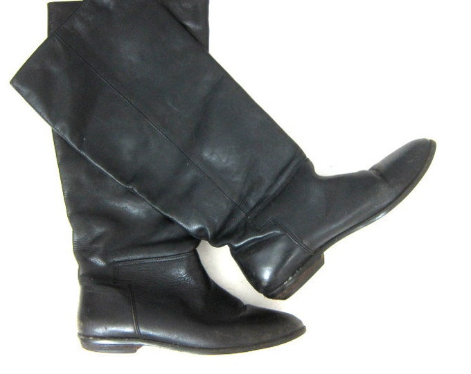 Tall Black Boots Vintage Black Leather Fall Boots Simple Leather Paula Boots Womens Fashion Boots Womens size 8.5