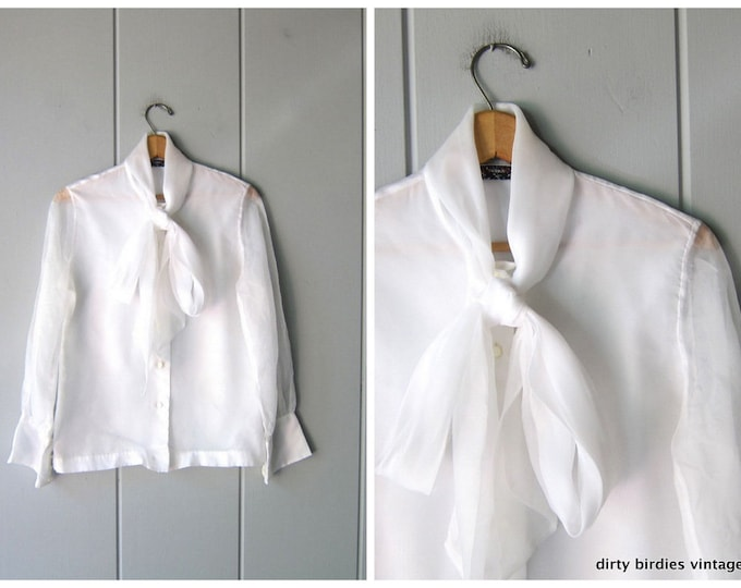 80s White Pussy Bow Blouse - M/L