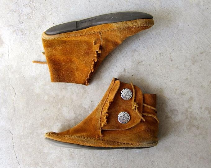 Vintage Brown Leather Moccasins  9
