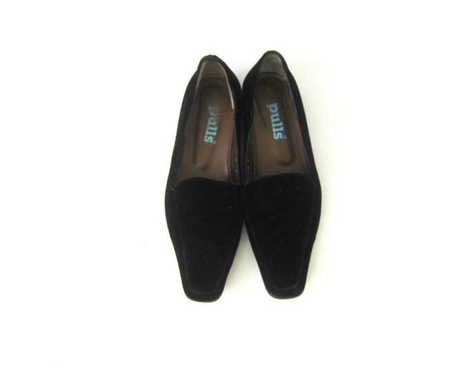 Vintage Black Velvet Slippers Slip On Shoes Modern Minimal Loafers Vintage Velvet Dress Shoes Womens Size 38.5 C US 8 C