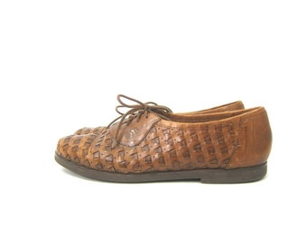 70ad0587b635 Vintage Brown Leather Loafers Lace Up Huaraches Hipster Beach Shoes  Bohemian Preppy Casual Dress Shoes Woven Sandals Mens Size 10.5