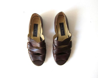 Brown Strapy Sandals | 90s Leather Peep Toes Vintage Leather Band Slip Ons Shoes Womens 6.5