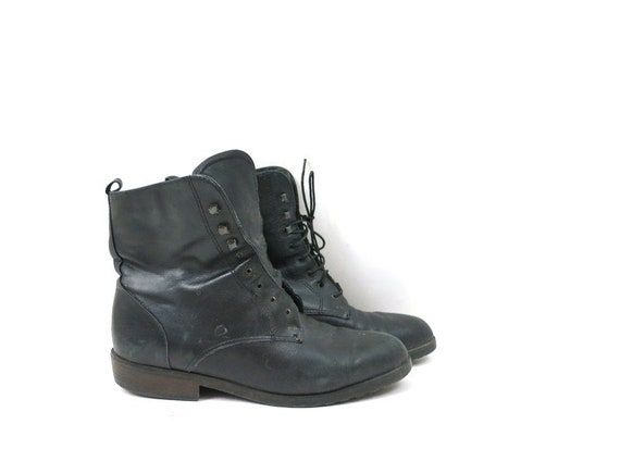 Vintage black leather ankle boots 1980s PIPPI Lace
