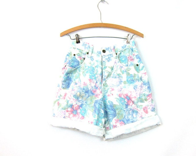Long White Shorts Retro 80s Floral Jean Shorts High Waist Flower Pattern Denim Shorts Vintage 1980s Preppy Boho Womens  Size 9 26 inch waist