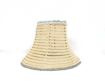 Off White Crochet lamp shade Crocheted Lamp shade Vintage Room Decor
