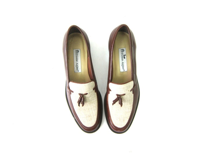 90s Vintage Chocolate Brown Leather Shoes Slip on Modern Loafer Tassle Shoes Preppy Etienne Aigner Office Shoes Womens Shoes Size 9