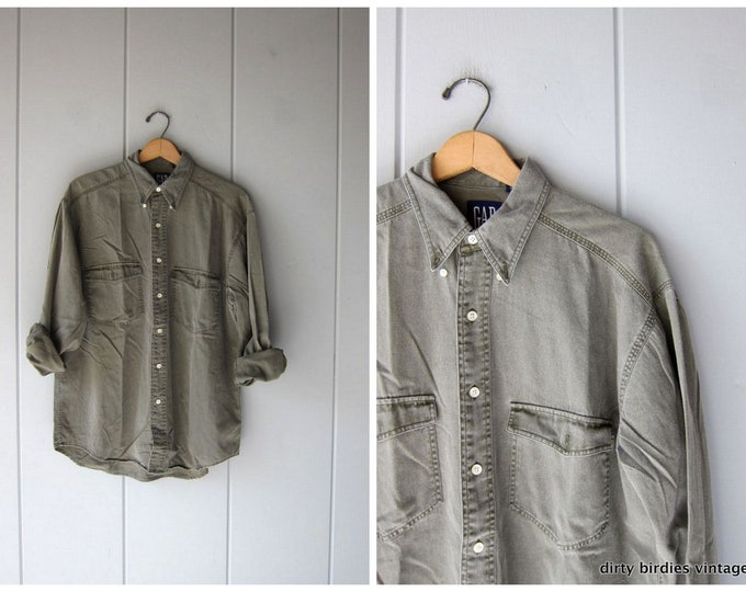 90s Army Green Shirt Oversized Button Up Cotton Shirt Vintage Gap Work Shirt Boyfriend Slouchy Oxford Pocket Washed Out Shirt Mens Medium